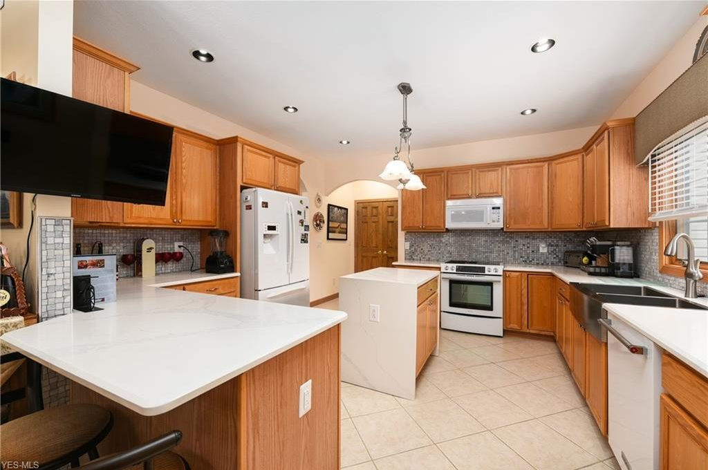 5320 Middlebury Ct-10