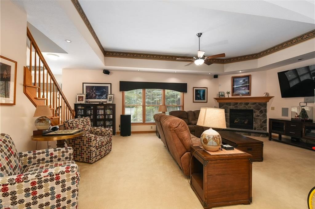 5320 Middlebury Ct-9